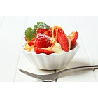 Creamy pudding with fresh fruit