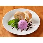 Swiss roll with ice cream
