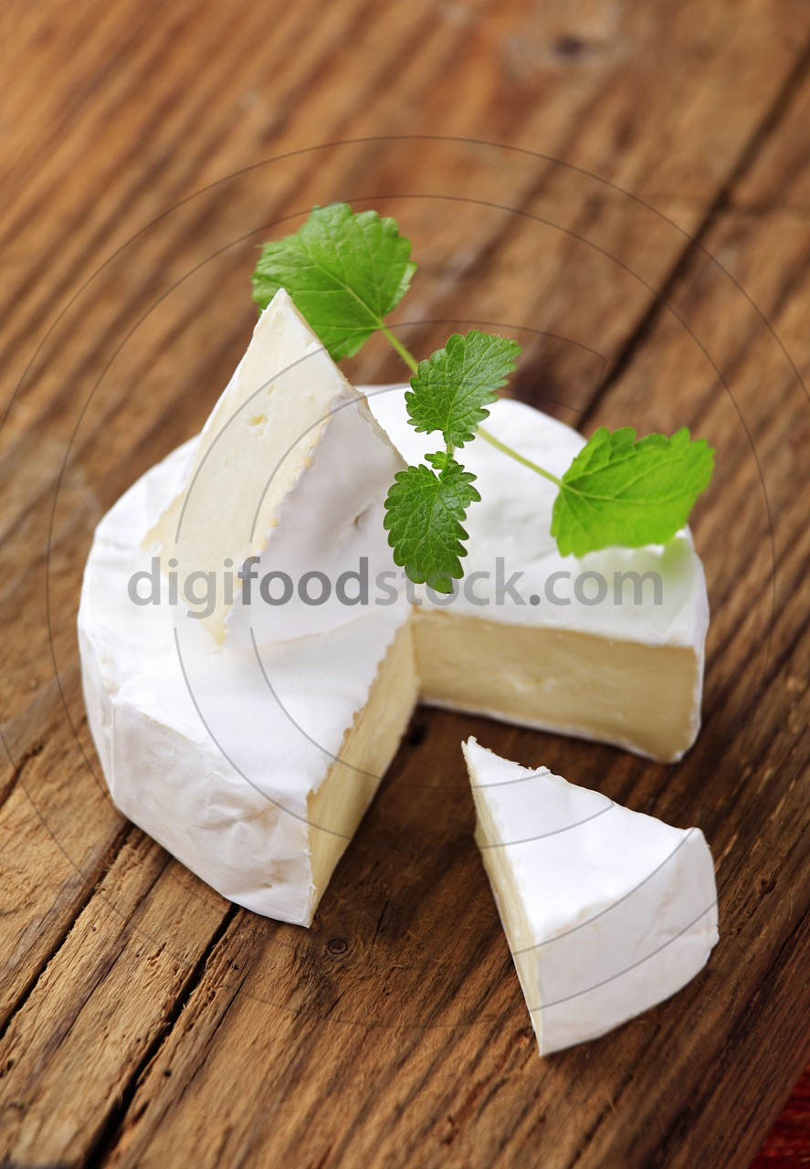 White rind cheese