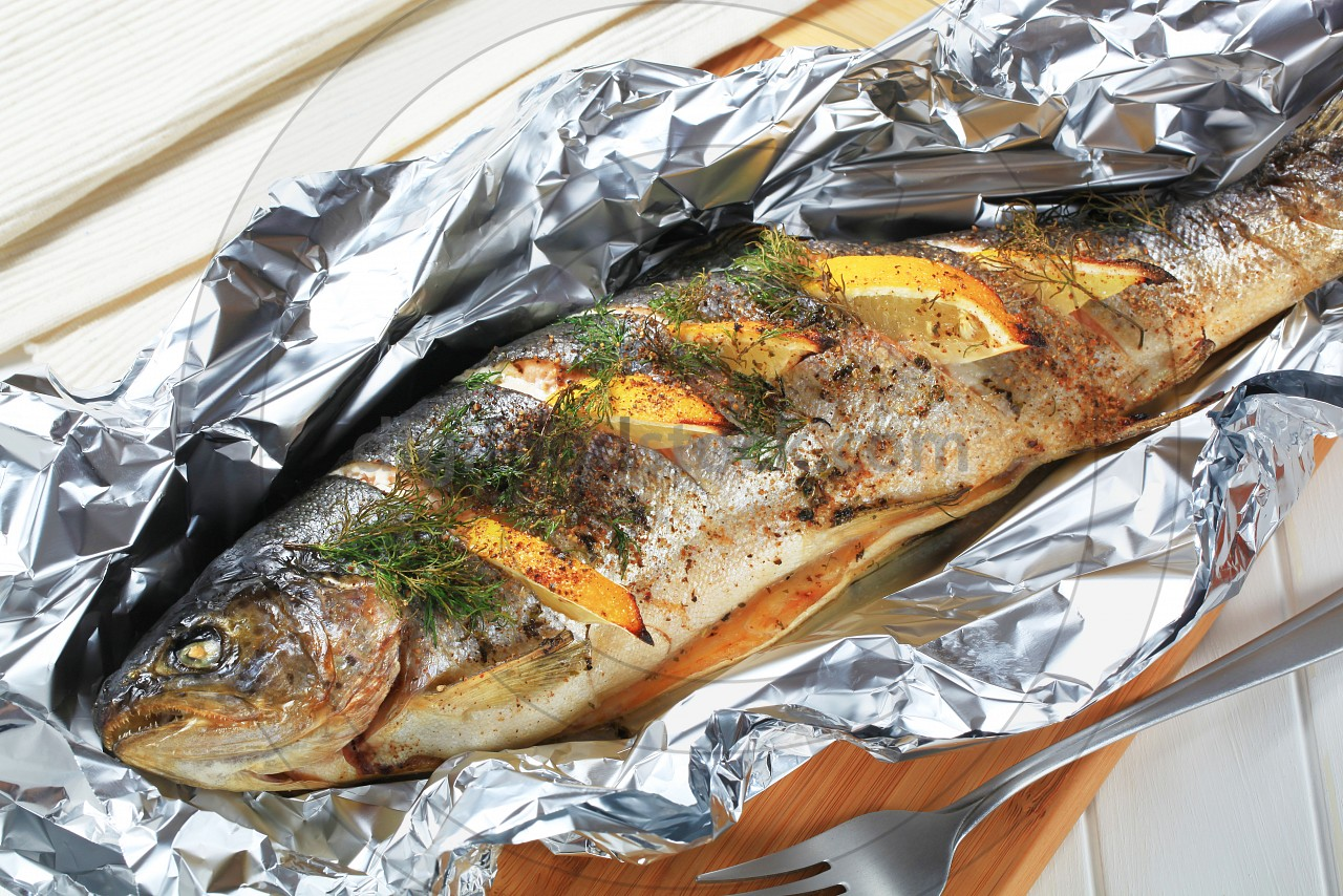 Baked trout with lemon and dill digifoodstock for Grill fish in foil